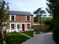 Little Moon Dog-friendly cottage Freshwater, Isle of Wight